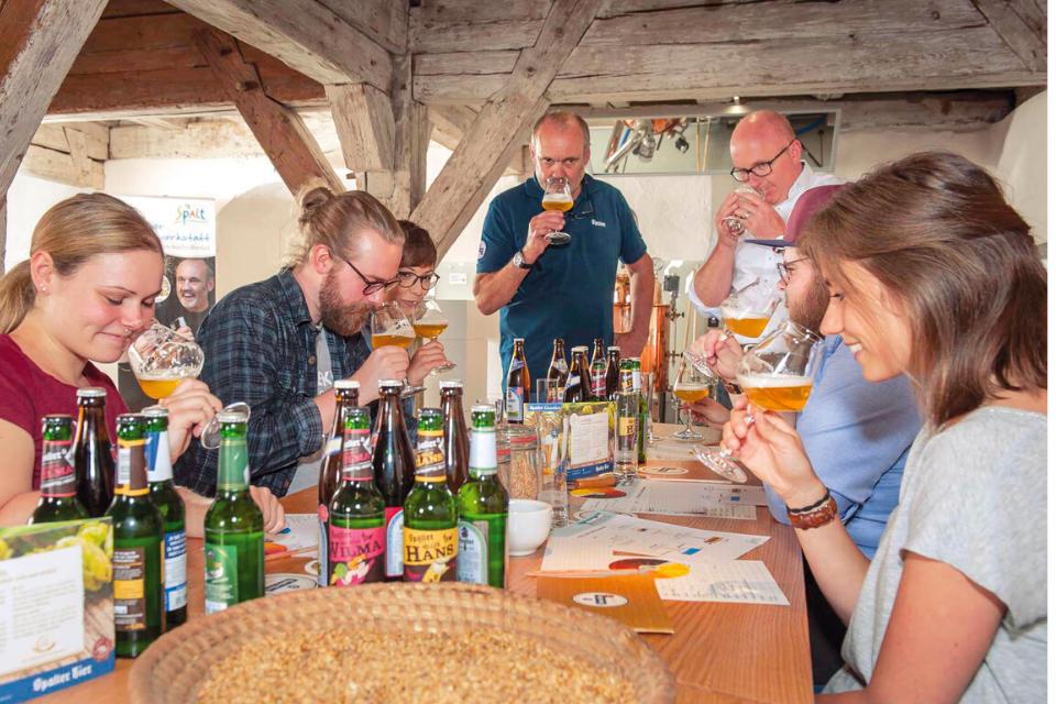 Zahlreiche Biere werden während des Braukurses gekostet